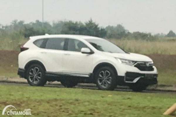 Spyshot Honda CR-V 2021 di kawasan Serpong, Tangerang Selatan