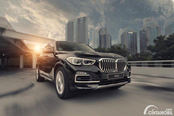 BMW X5 xDrive40i tahun 2021