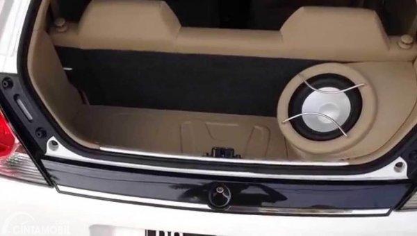 Modifikasi Audio Honda Brio
