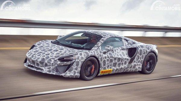Spyshot prototype supercar hybrid McLaren Artura
