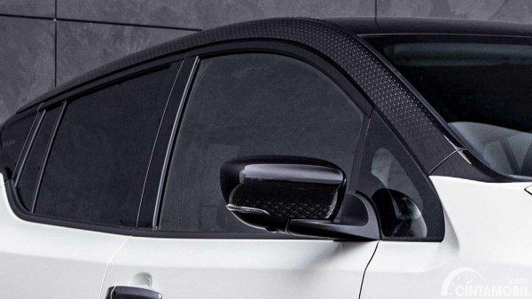 eksterior Nissan Leaf10 Edition berwarna hitam