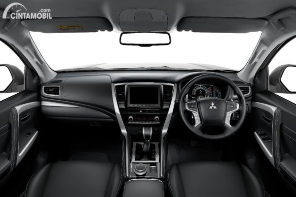 Interior Mitsubishi Pajero Sport Terbaru 2021