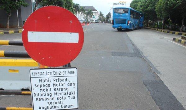 Foto rambu-rambu Lalu Lintas di Kawasan Kota Tua Jakarta
