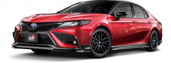 Toyota Camry GR black edition bodykit