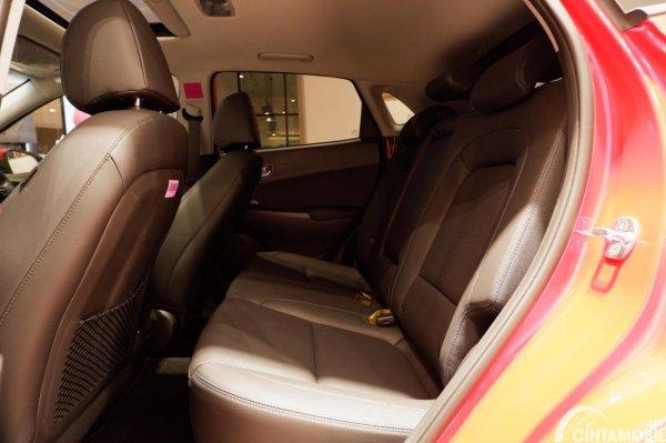 Foto kursi belakang Hyundai KONA EV