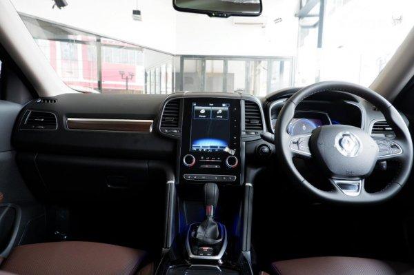 Foto layout dashboard Renault Koleos Signature AT 2021