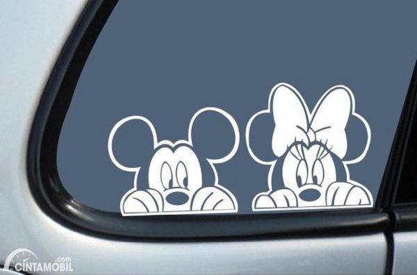 Stiker Kaca Samping Mobil