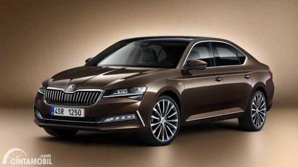 mobil baru facelift Skoda Superb 2021