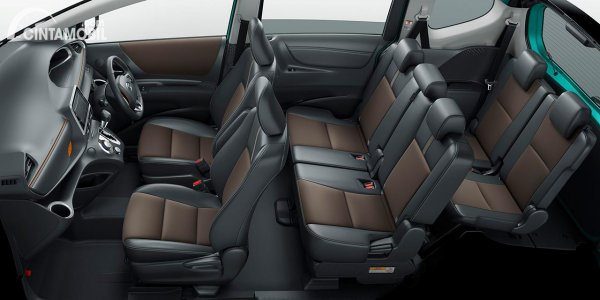 Kabin Toyota Sienta 2020