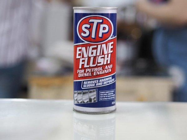 Foto STP Engine Flush