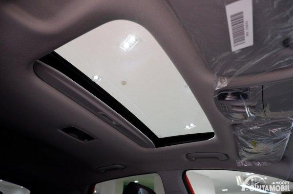 Foto sunroof Hyundai KONA Electric Facelift 2021