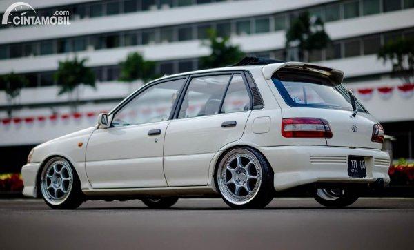 Modifikasi Toyota Starlet Kapsul elegan