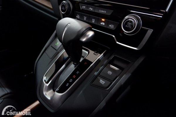 Foto tuas transmisi Honda CR-V Turbo Prestige 2021