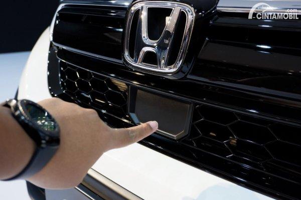 Foto radar Honda Sensing di Honda CR-V Turbo Prestige 2021