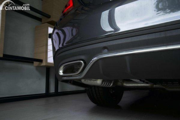 Foto knalpot Mercedes-Benz C200 AMG Line Final Edition 2021