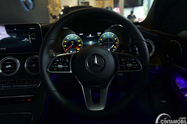 Foto setir Mercedes-Benz C200 AMG Line Final Edition 2021