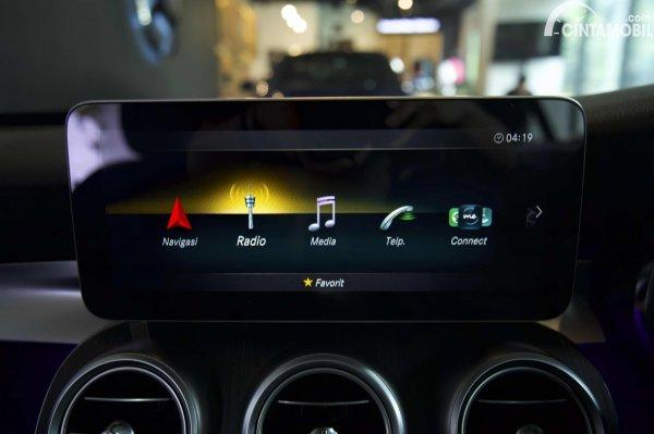 Foto entertaiment System Mercedes-Benz C200 AMG Line Final Edition 2021