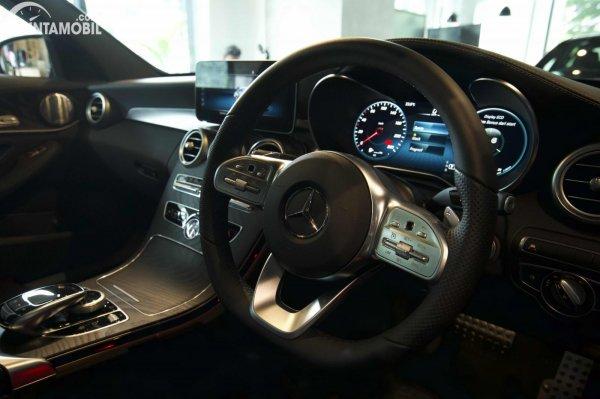 Foto setir Mercedes-Benz C300 AMG Lina Final Edition 2021