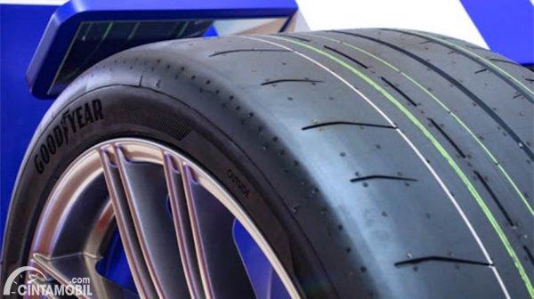 Pola tapak ban Goodyear Eagle F1 Sport