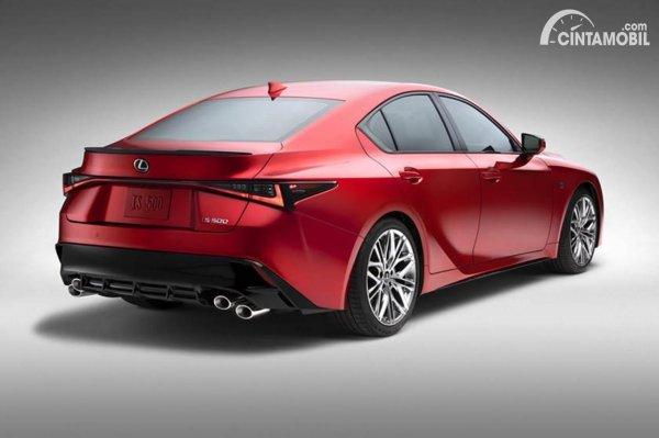 Lexus IS 500 F Sport rear