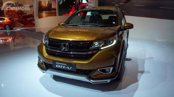 Gambar menunjukan Honda BRV