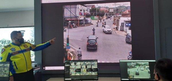 Foto Monitor pengawas tilang elektronik Kota Bandar Lampung