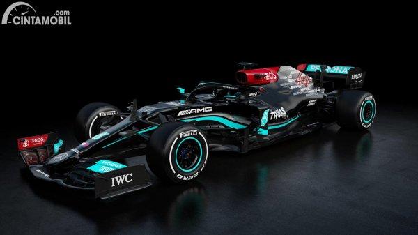 Tampilan depan Mercedes-AMG F1 W12