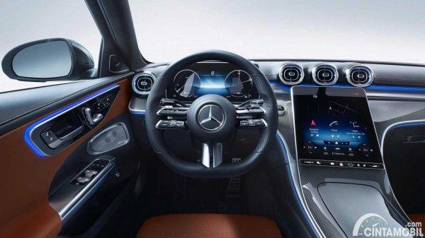 Setir Mercedes-Benz C-Class 2021 berwarna hitam