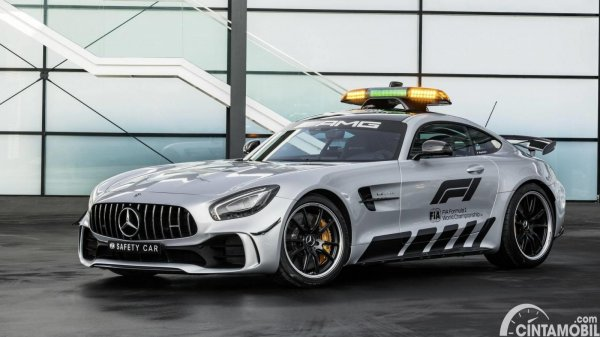 mobil safety F1 Mercedes-AMG GT R