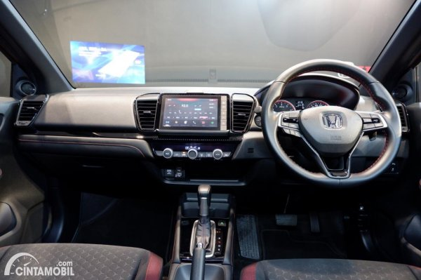 Foto layout dashboard Honda City Hatchback RS 2021