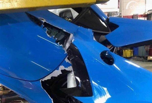 Chevrolet Corvette C8 rusak