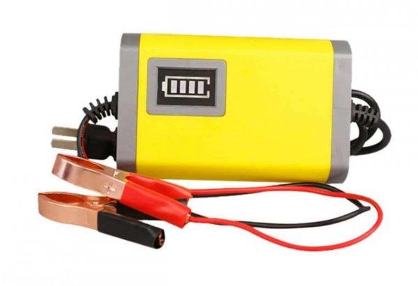 charger aki mobil warna kuning