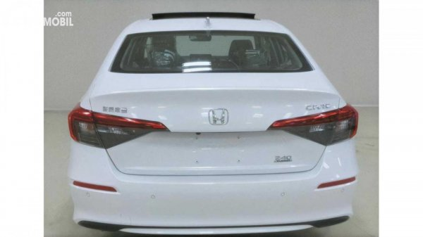 Tampilan belakang Honda Civic 2022 untuk pasar Cina