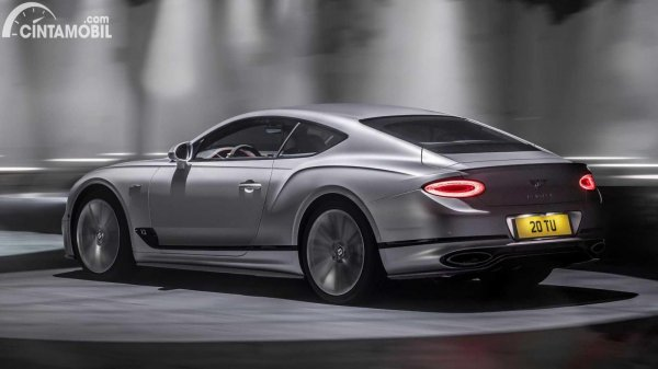 bagian belakang Bentley Continental GT Speed mobil baru Inggris