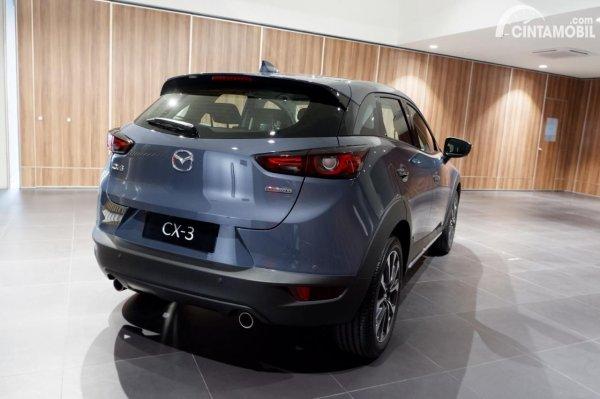 Foto tampak belakang Mazda CX-3 1.5L Sport 2021 Pytonic Blue