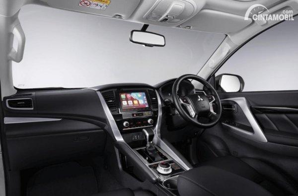 Interior Mitsubishi Pajero Sport 2021