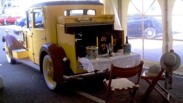 Rolls-Royce hunting car piknik