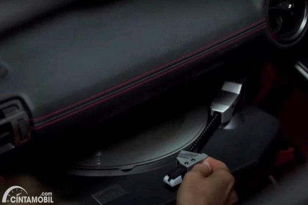 Turntable Lexus
