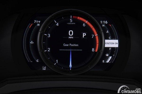 Gambar panel instrumen Lexus IS 500 F Sport Performance 2021