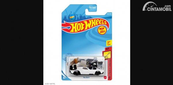 mobil baru Hot Wheels untuk April Mop