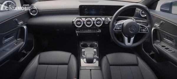 Kabin Mercedes-Benz A-Class