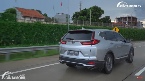 Foto tampilan belakang Honda CR-V Turbo Prestige 2021