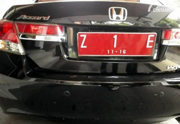 Plat Nomor Z Merah
