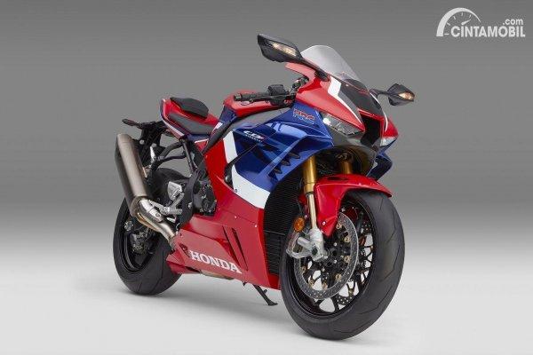 Honda CBR1000RR-R Fireblade yang bisa dilihat di Honda Dreams Cafe