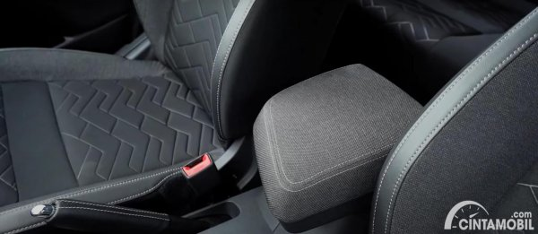 arm rest Nissan Magnite 2021