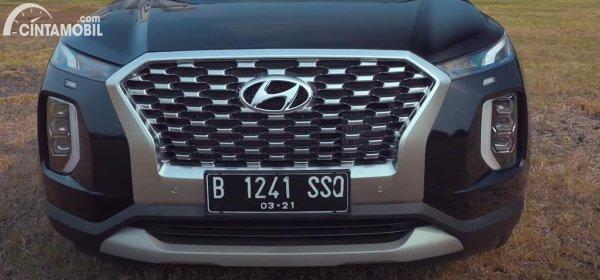 Bagian samping Hyundai Palisade Siganture AWD 2021