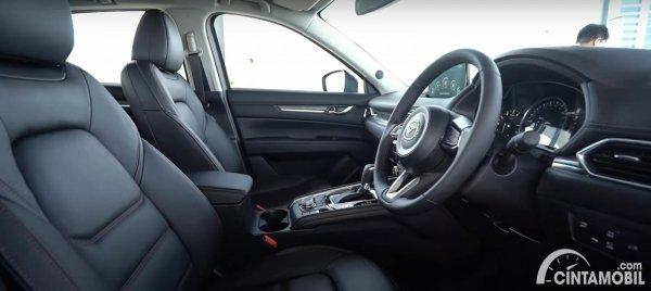 kabin Mazda CX-5 GT