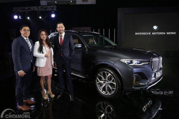 mobil BMW tahun 2019