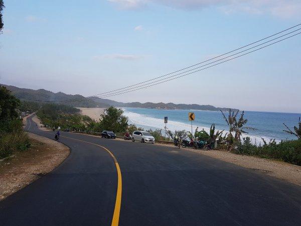 Foto keindahan salah satu Jalur Pantai Selatan Jawa