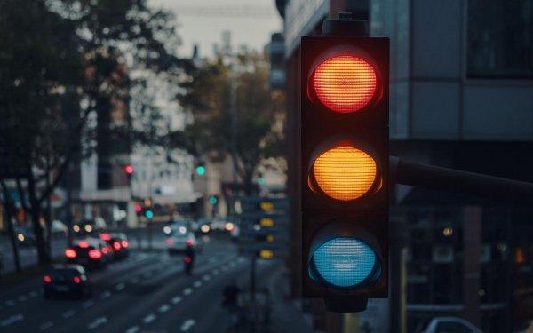 lampu lalu lintas fungsinya bagi pengguna jalan raya
